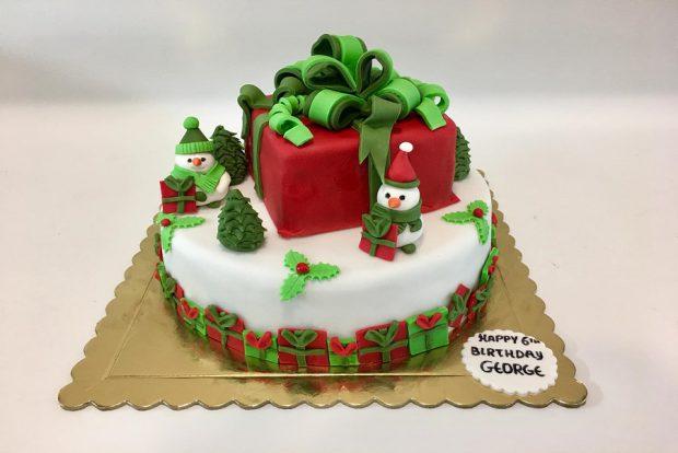 Birthday cake christmas