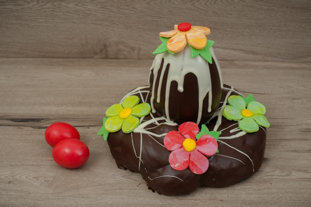 Easter tsoureki special