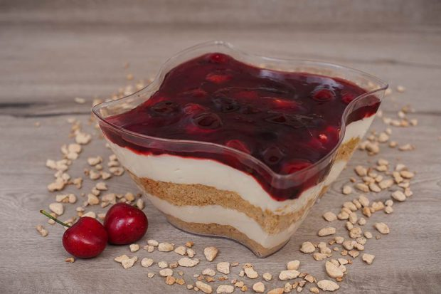 Middle cheese cake cherry