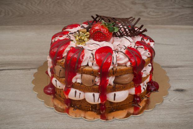 Naked cake strawberry - choco