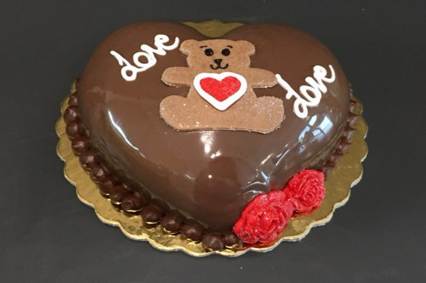 Valentine's Day Cake-17