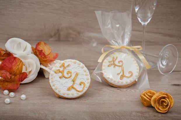 Wedding cookie round